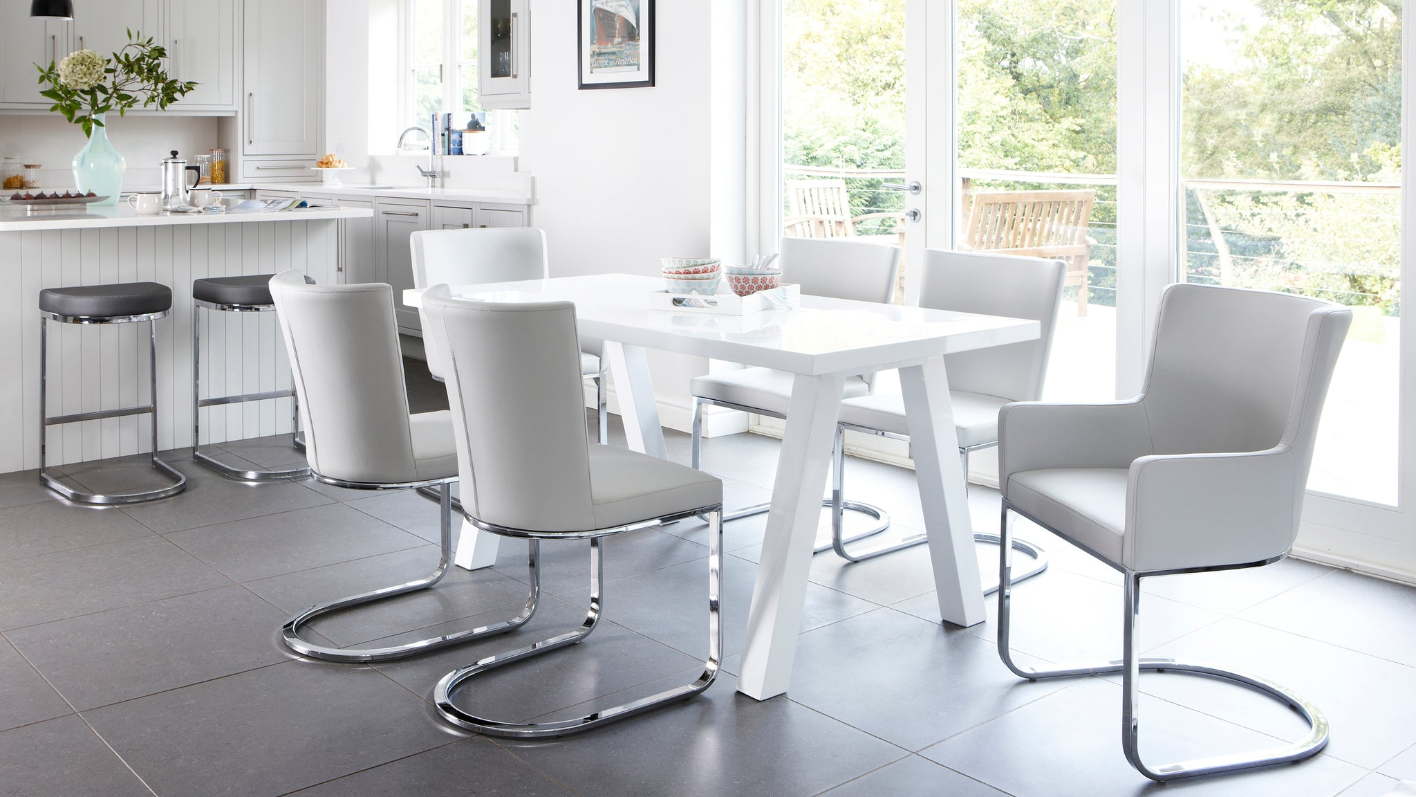 Zen And Form 6 Seater White Gloss Dining Set