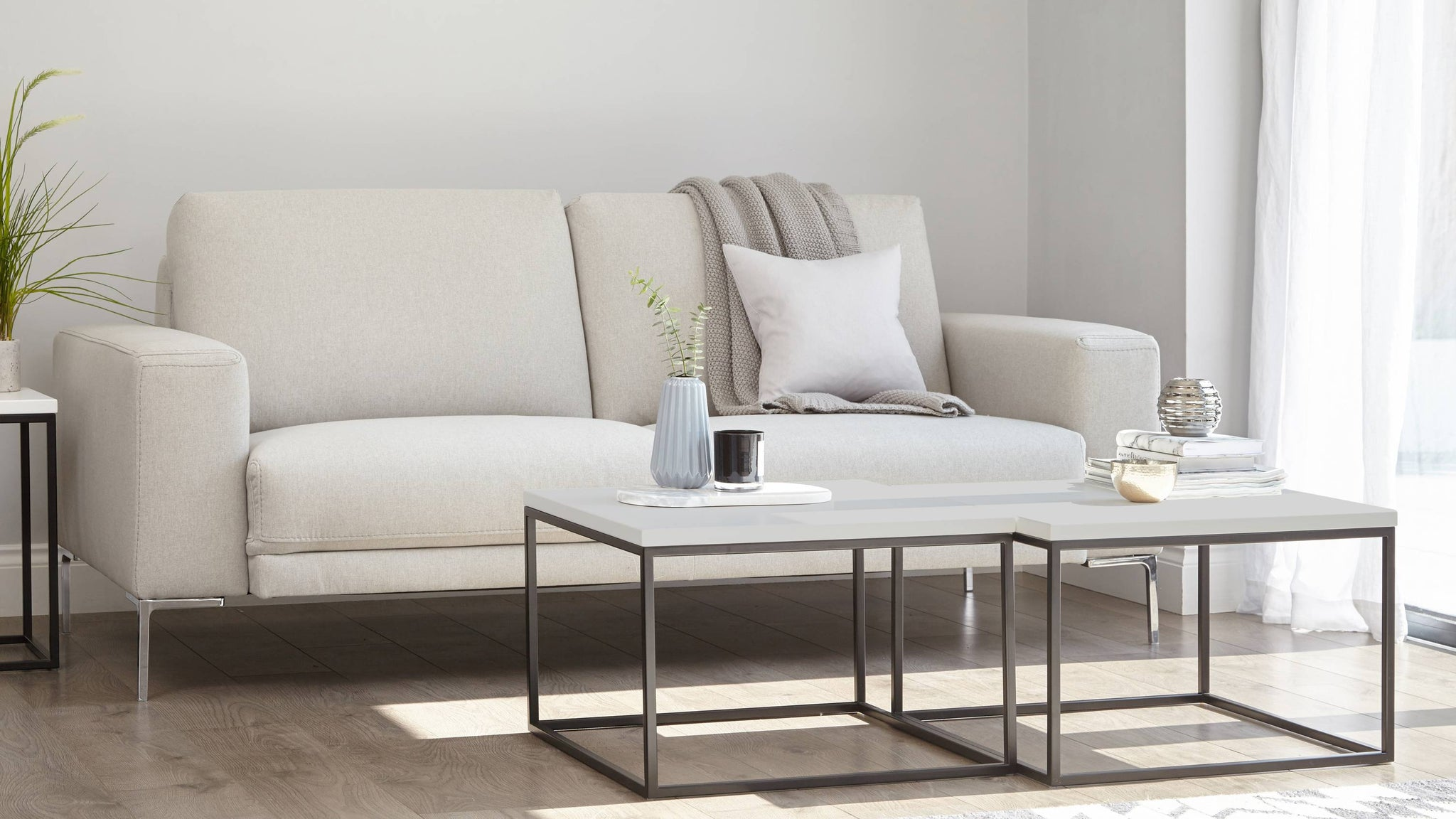 UK modern coffee table