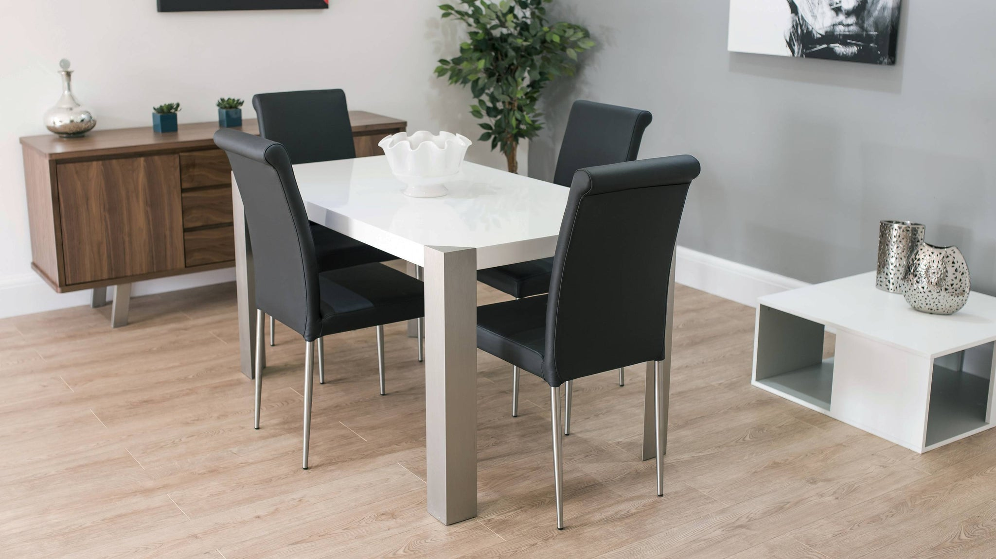 High Quality Leather Dining Chairs and White Dining Table