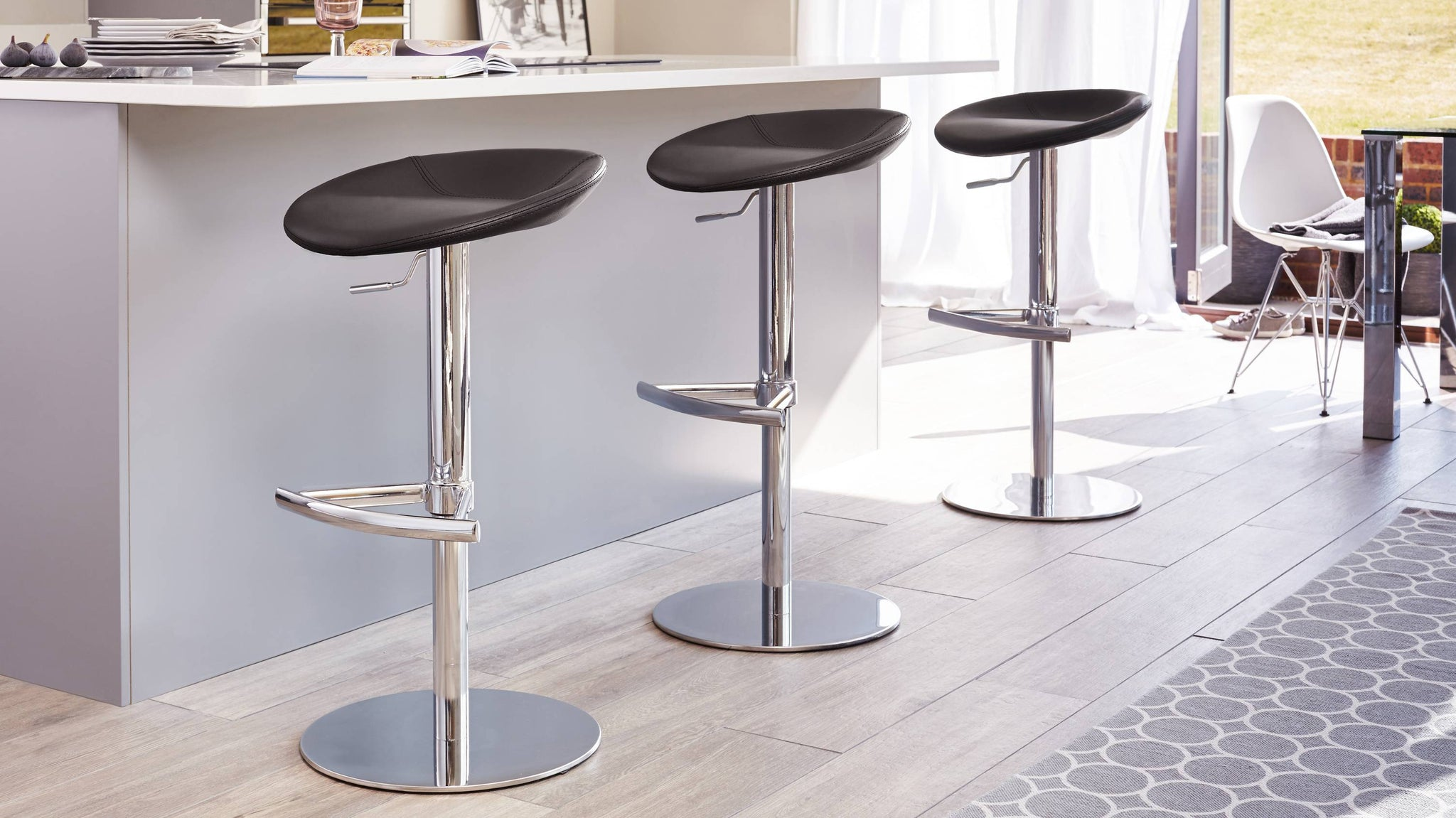 Black modern gas lift bar stool