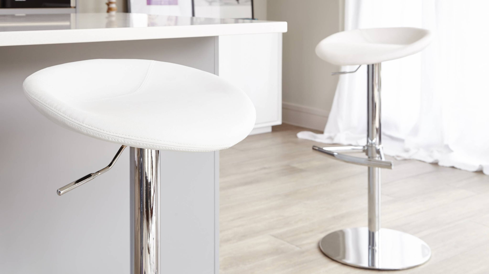 White Leather Gas Lift Bar Stools