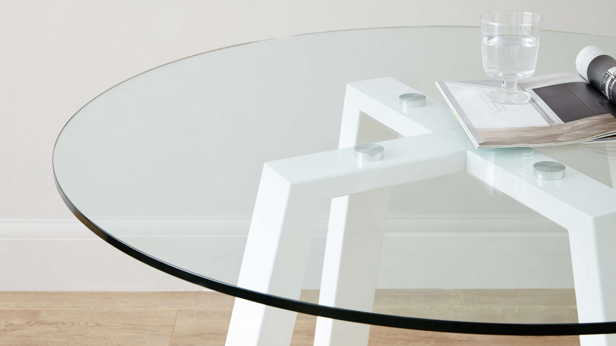 Strong clear glass white table