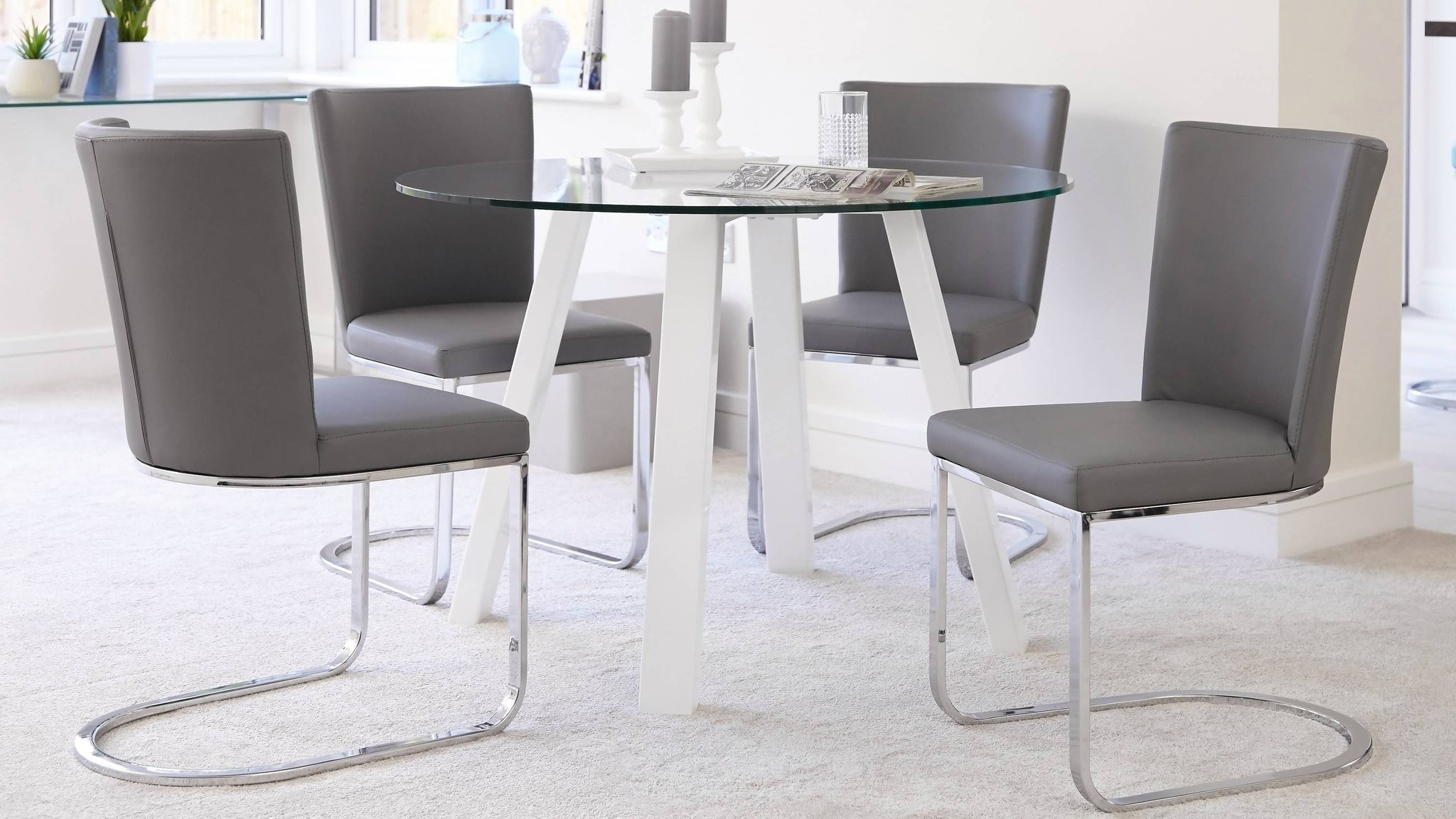 Modern Round Glass Table 4 Seater