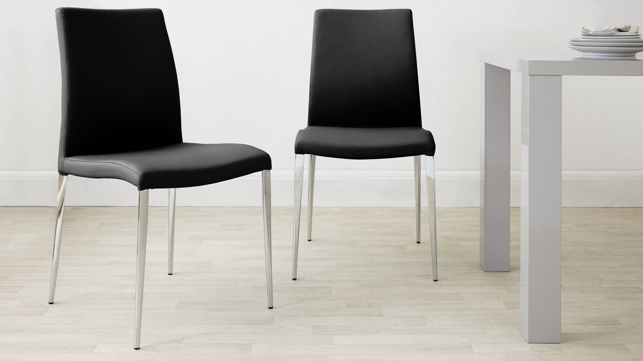 Black Chairs Under £100