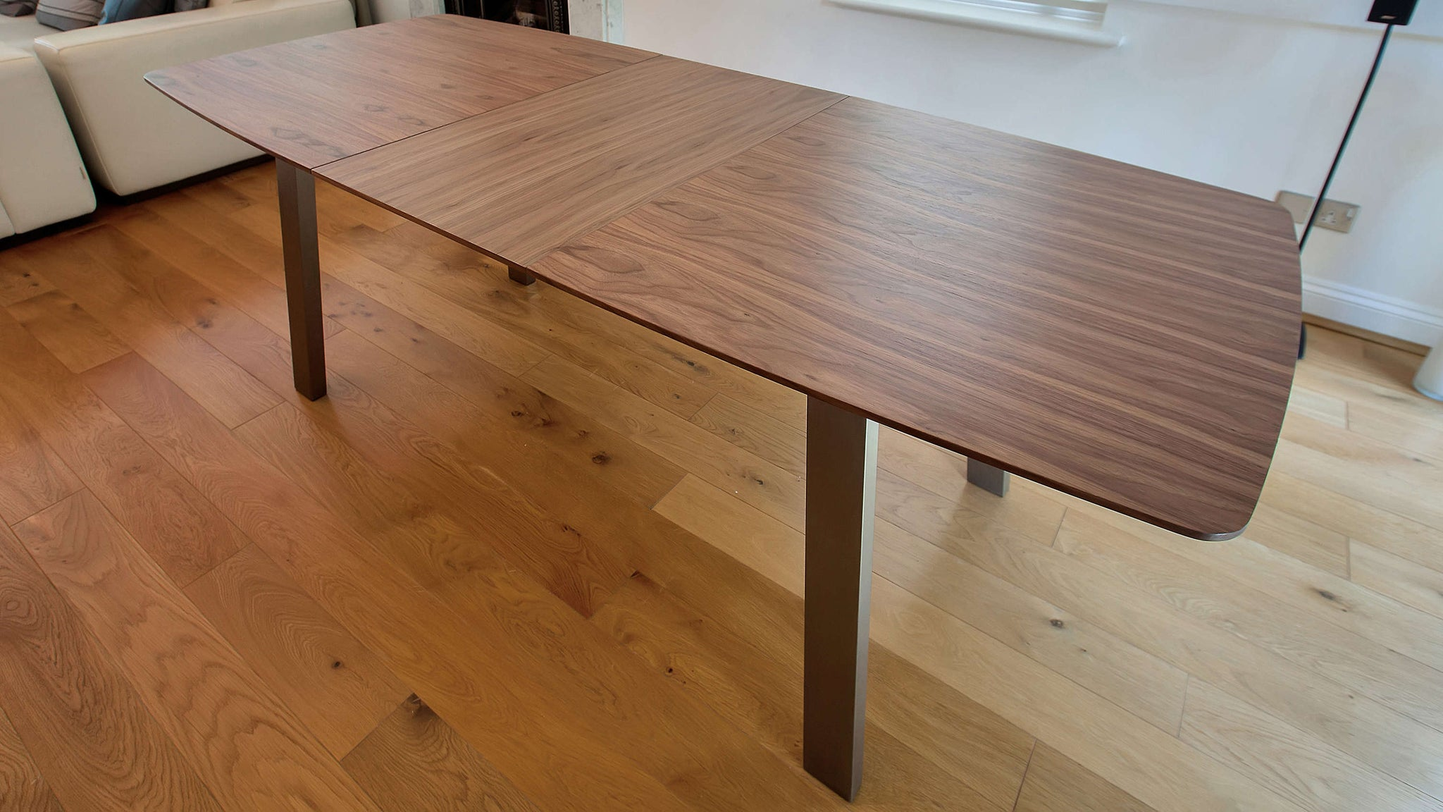 8 Seater Wooden Extending Dining Table
