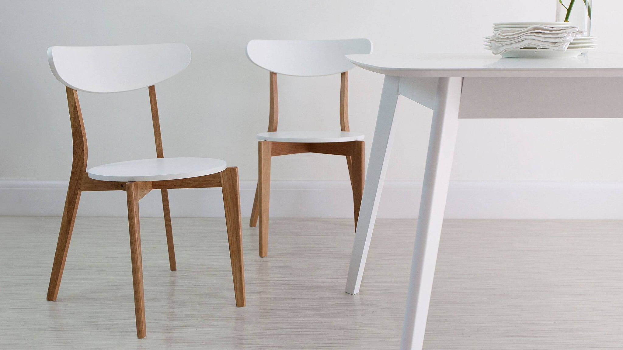 Affordable durable Oak and White Dining Chair