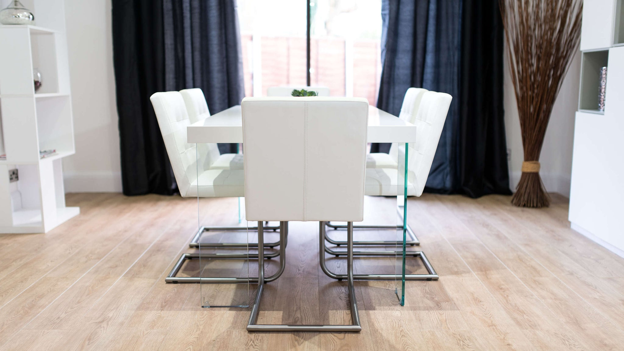 Modern White Gloss Dining Set
