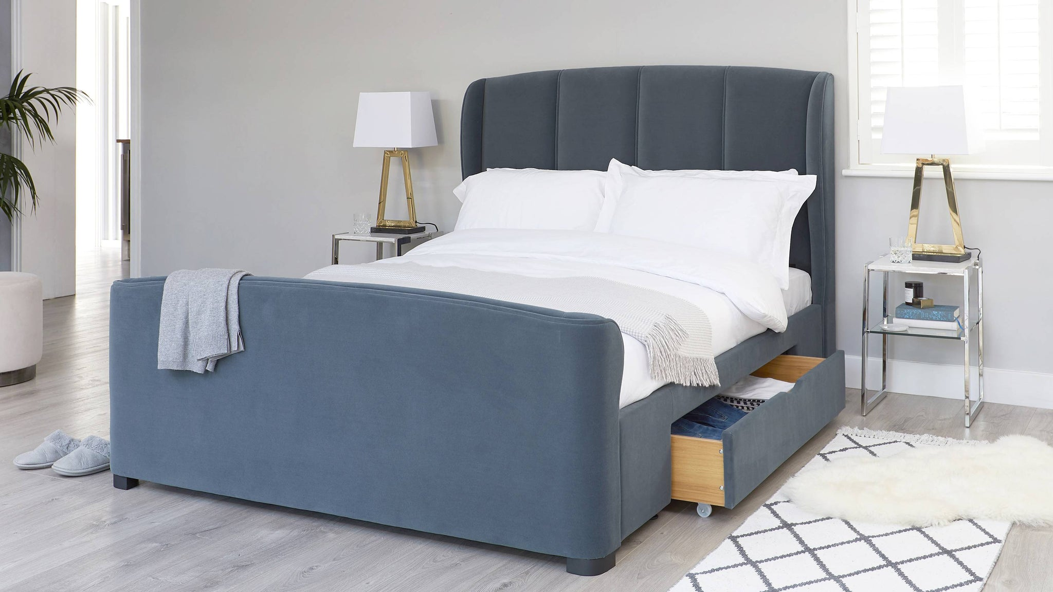 super king size velvet bed with drawers