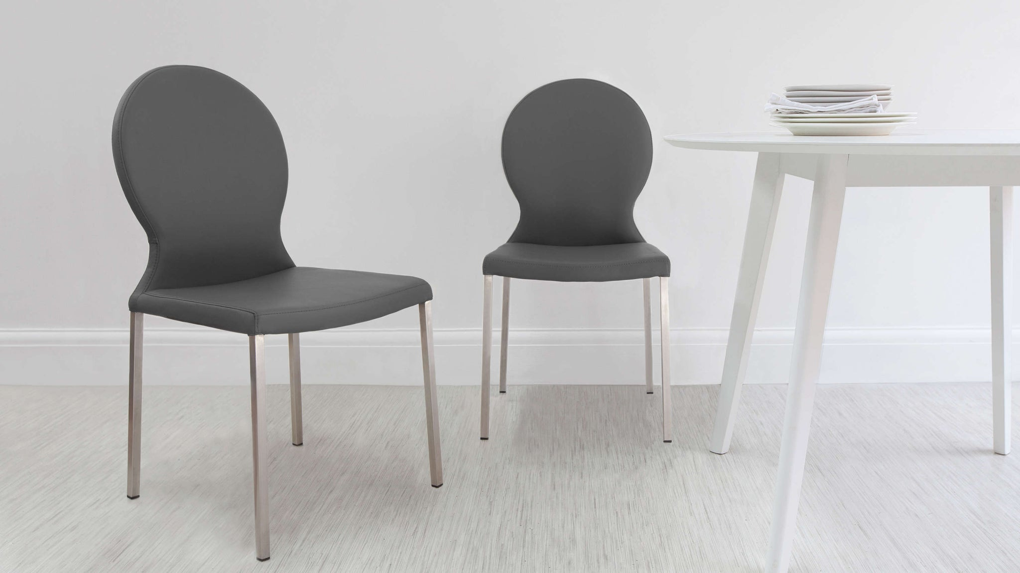 Modern and Contemporary Dining Chairs in Grey