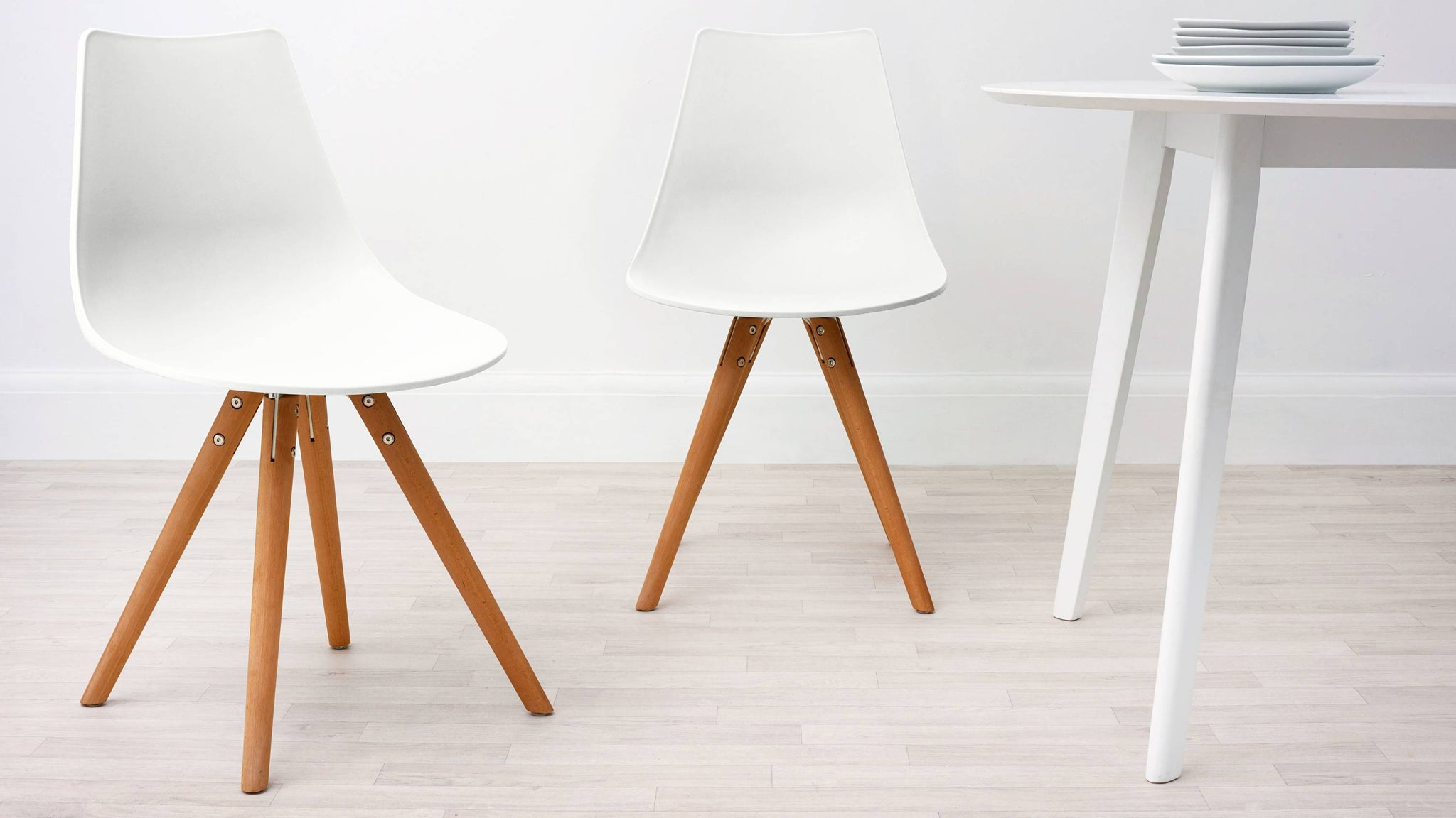 White Modern Plastic Dining Chair