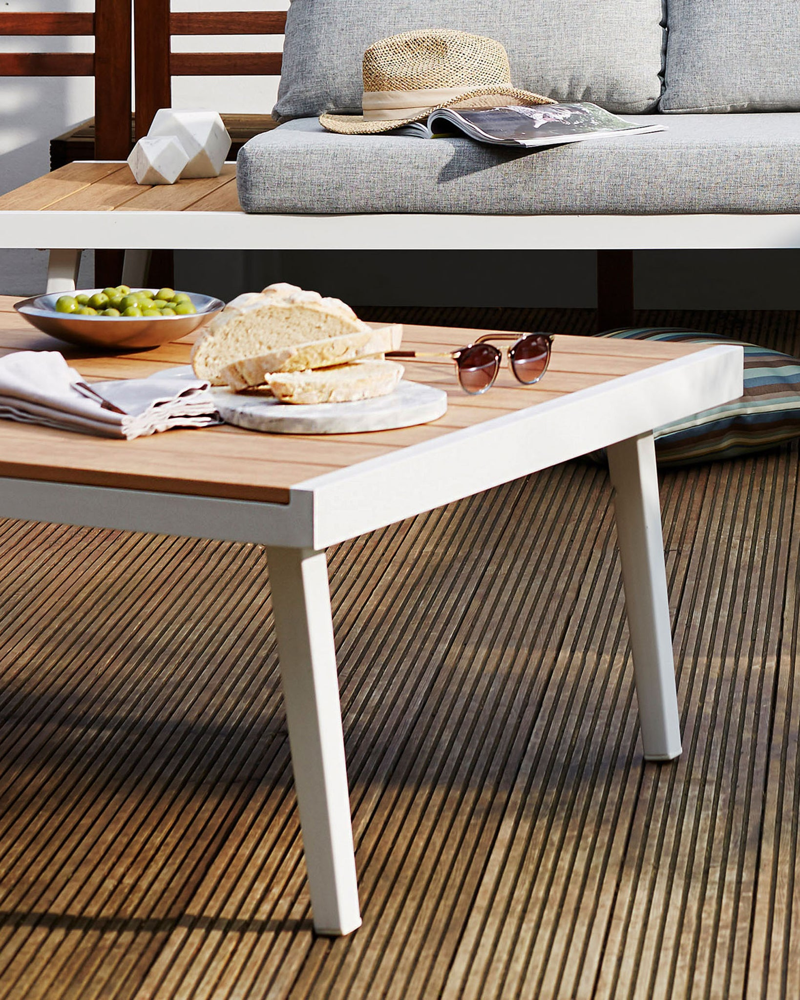 Palermo White Aluminium And Oak Garden Coffee Table