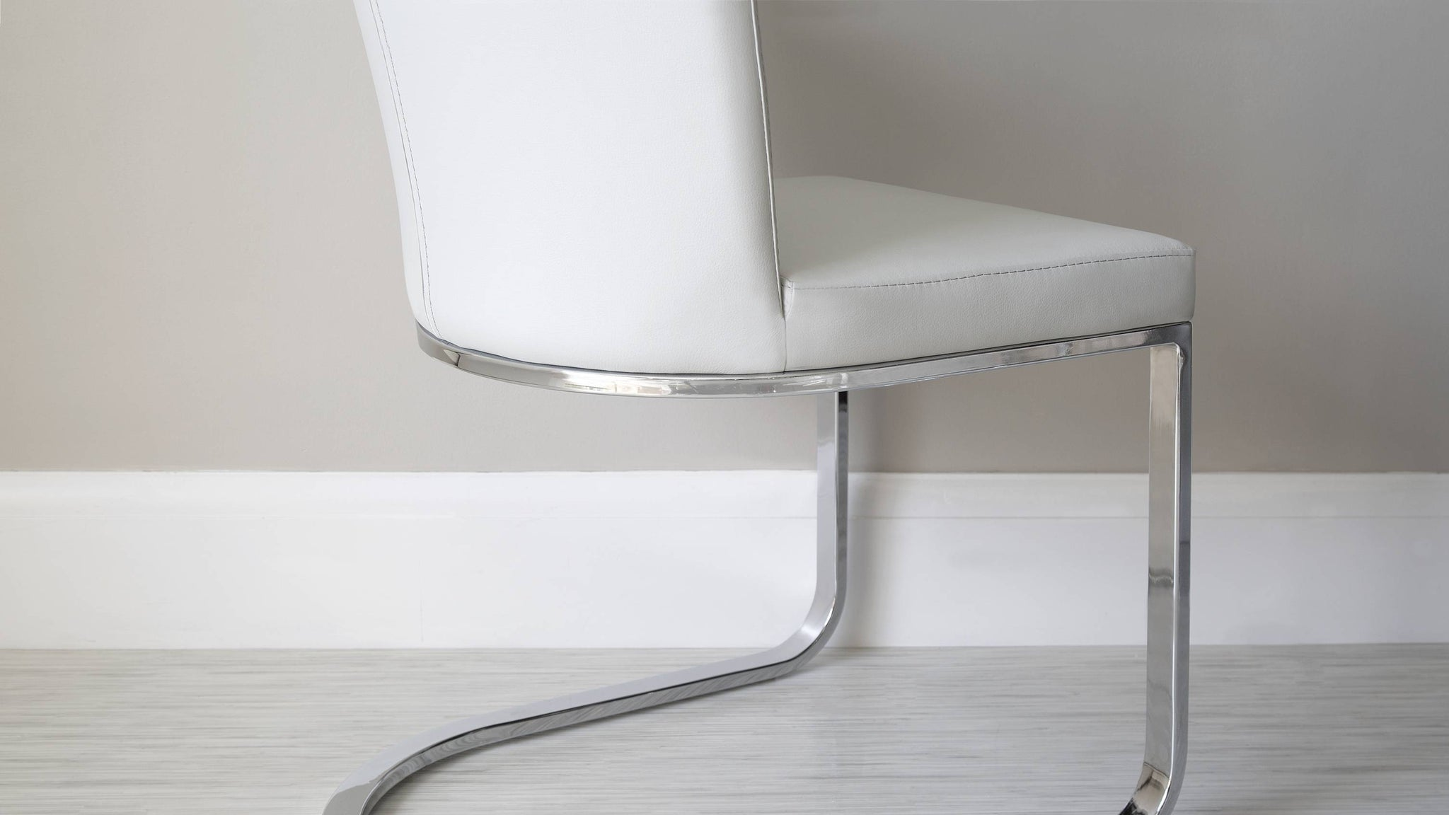 Comfortable Cantilever Dining Chairs
