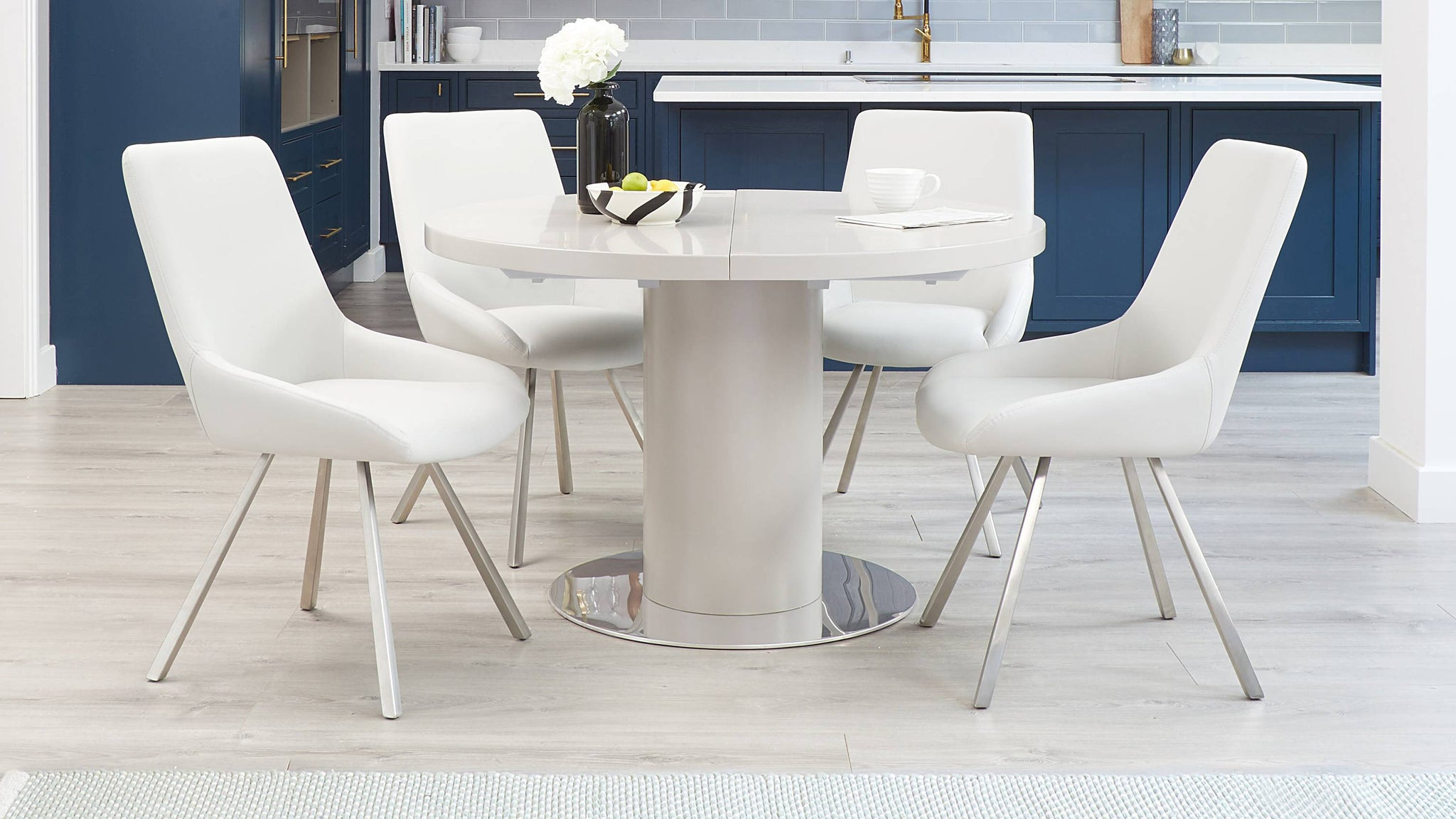 Curva matt grey extending dining table set