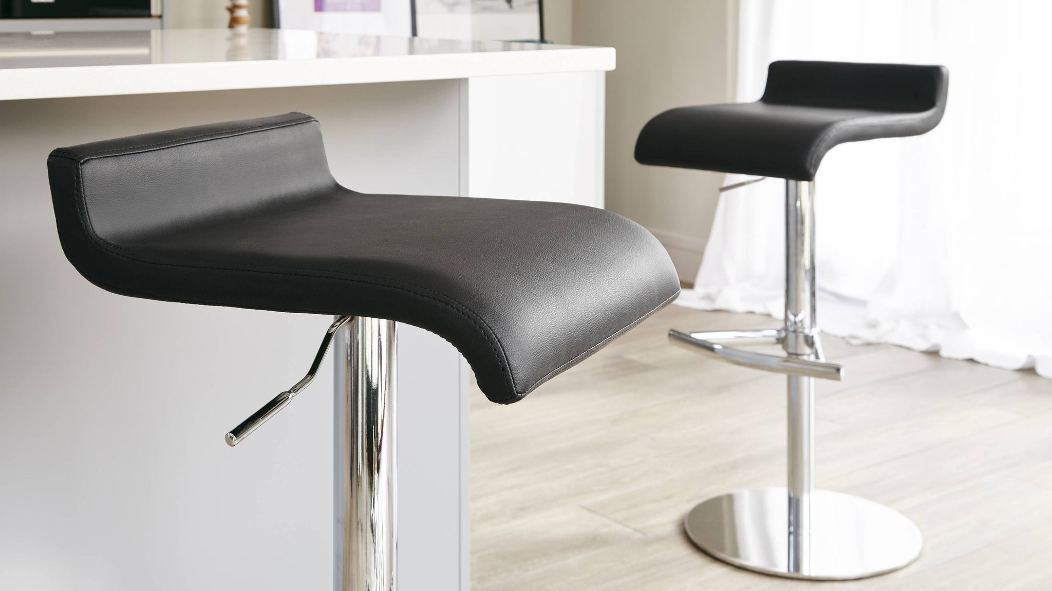 Comfortable Black Faux Leather Bar Stool