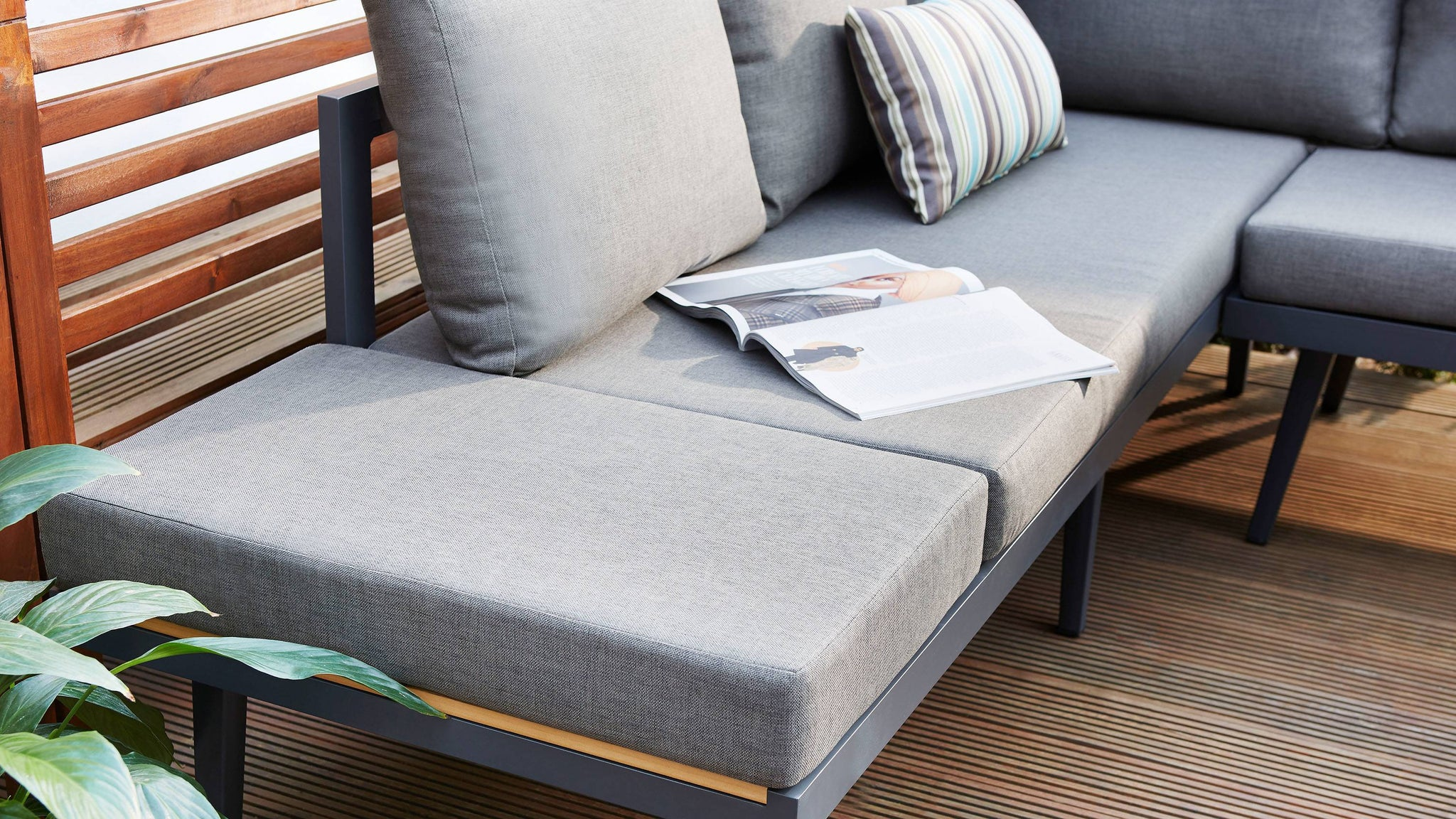 Removable cushion to coffee table bench