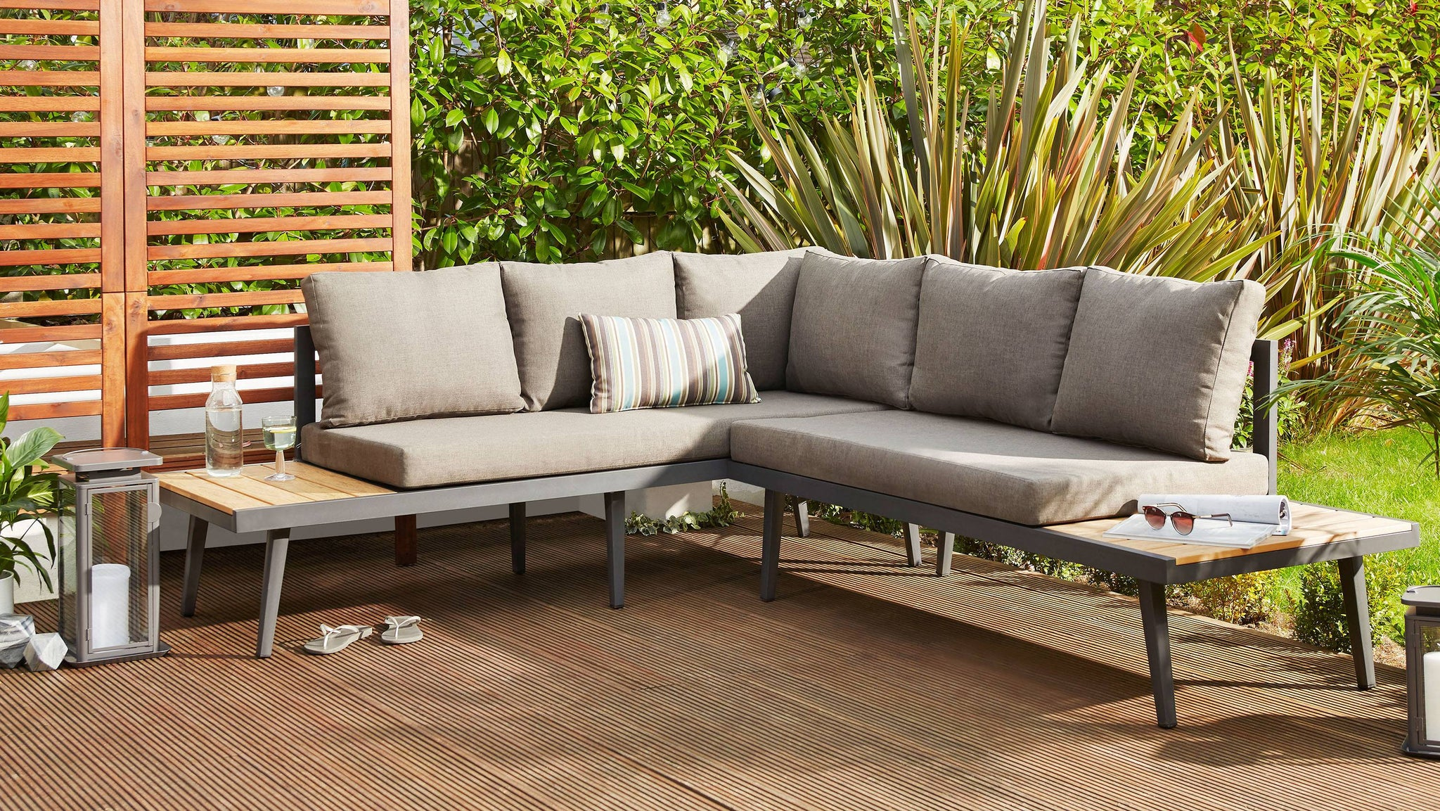 Large outdoor corner bench