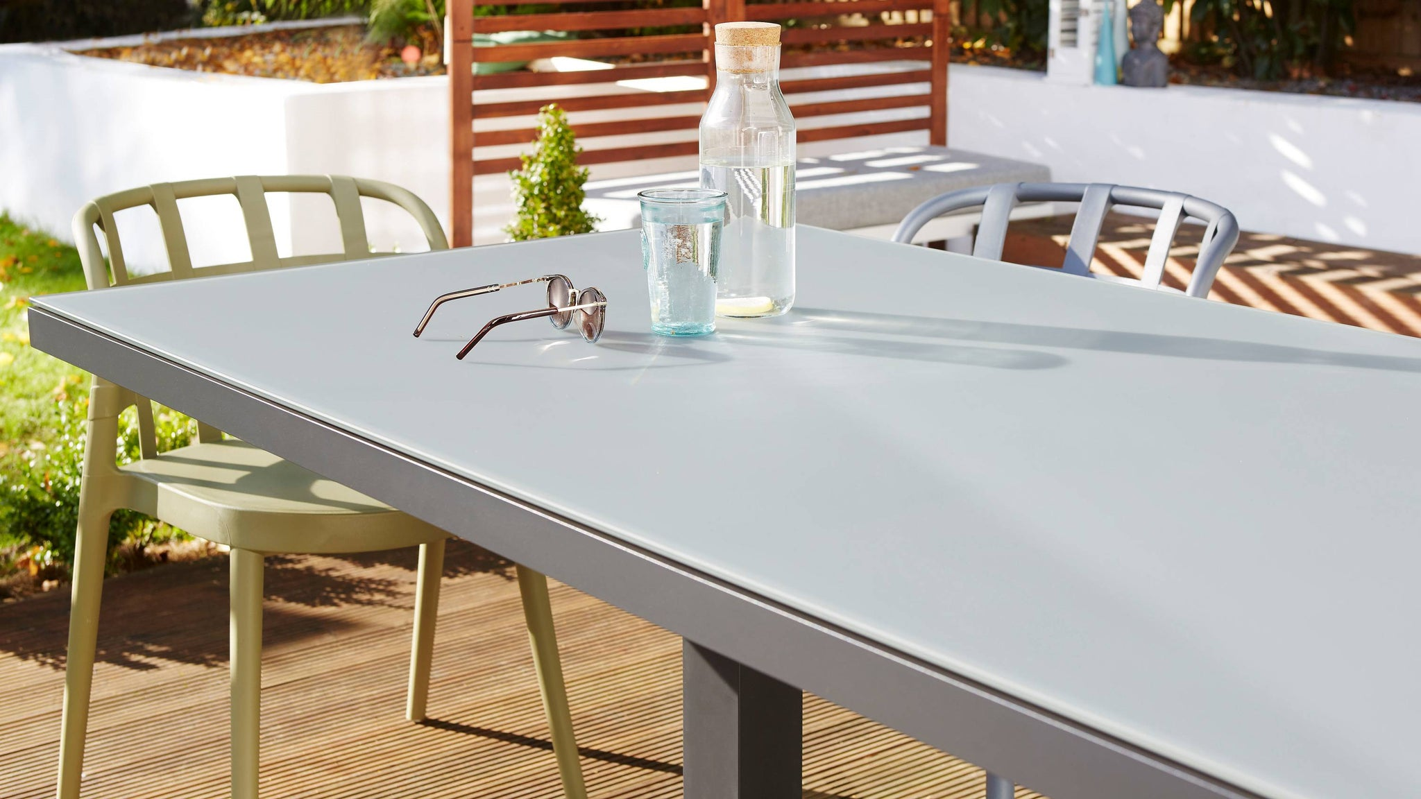 Frosted glass dining table with skye chairs