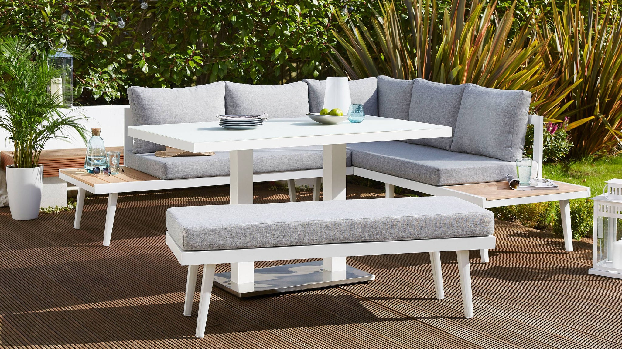 Z DROPPED - Palermo White 2 Seater Outdoor Bench