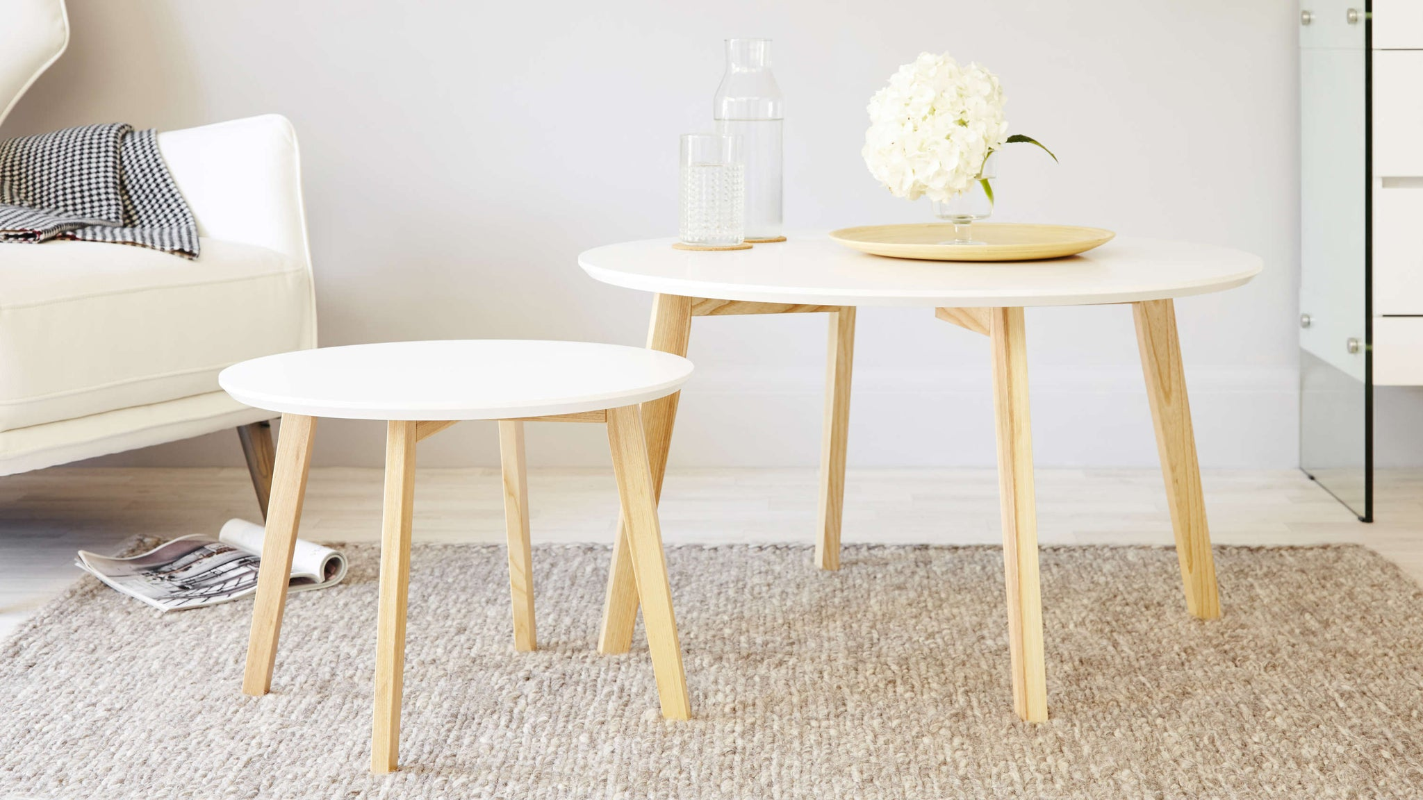 Modern White and Oak Coffee Table