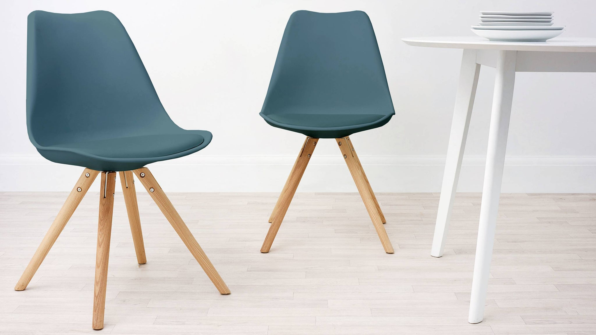 teal plastic plastic dining chairs with cushion