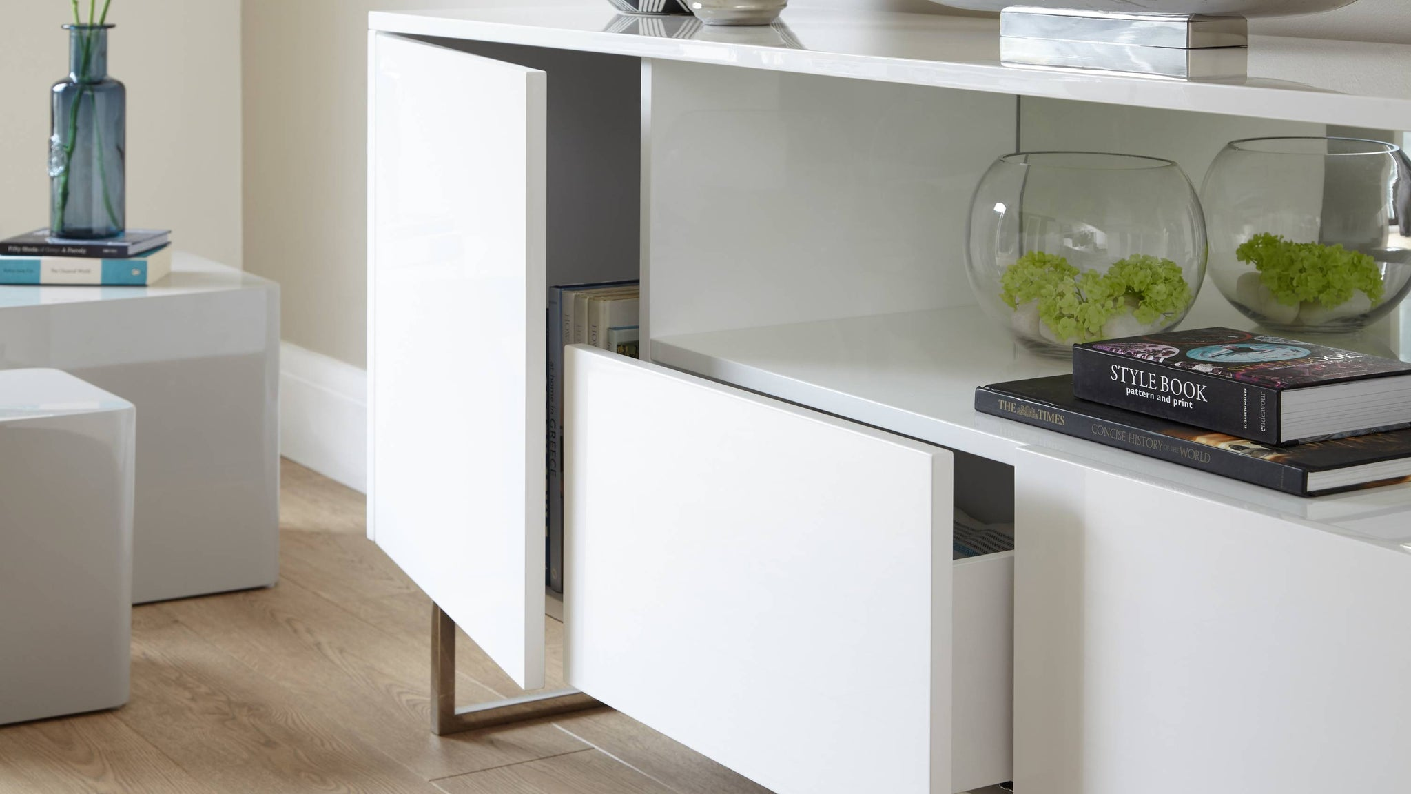 whit gloss storage unit