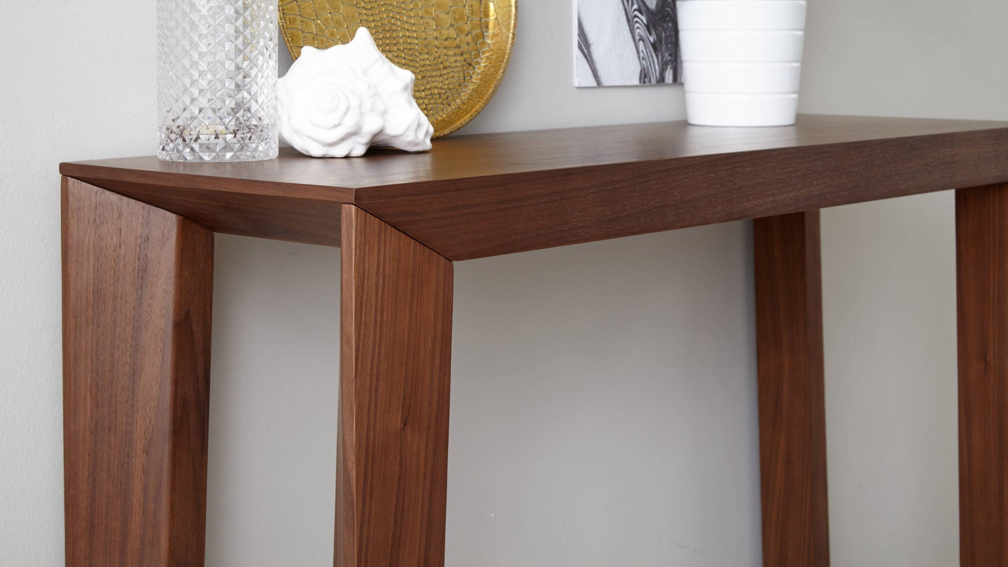 Walnut Veneer Sturdy Console Table