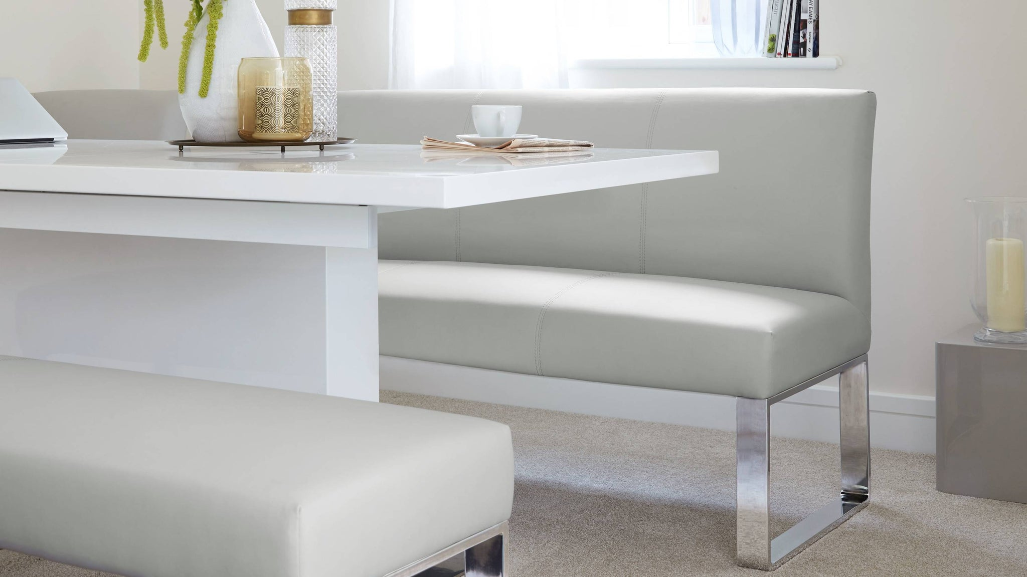 Buy modern affordable dining table