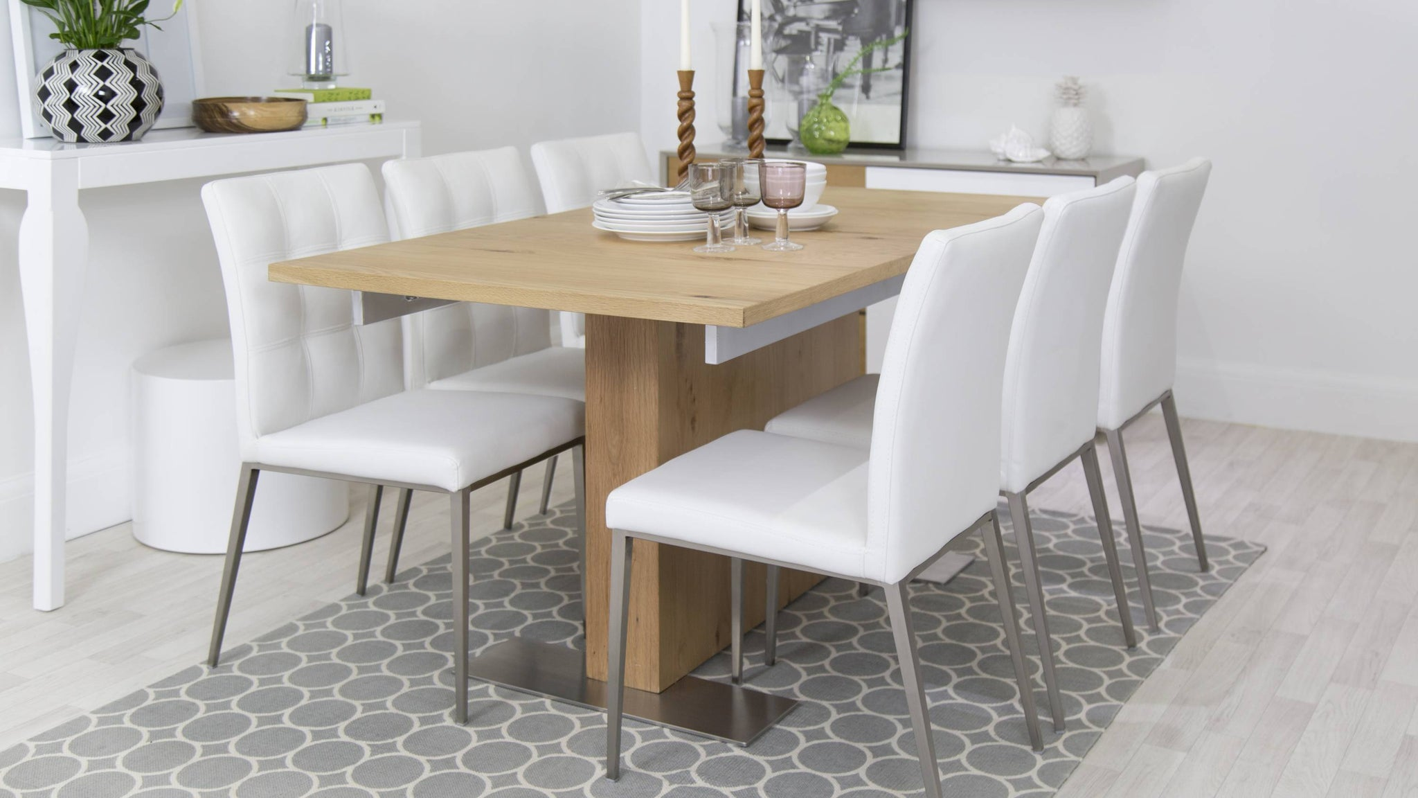 Stylish and Contemporary Extending Dining Set with White Chairs