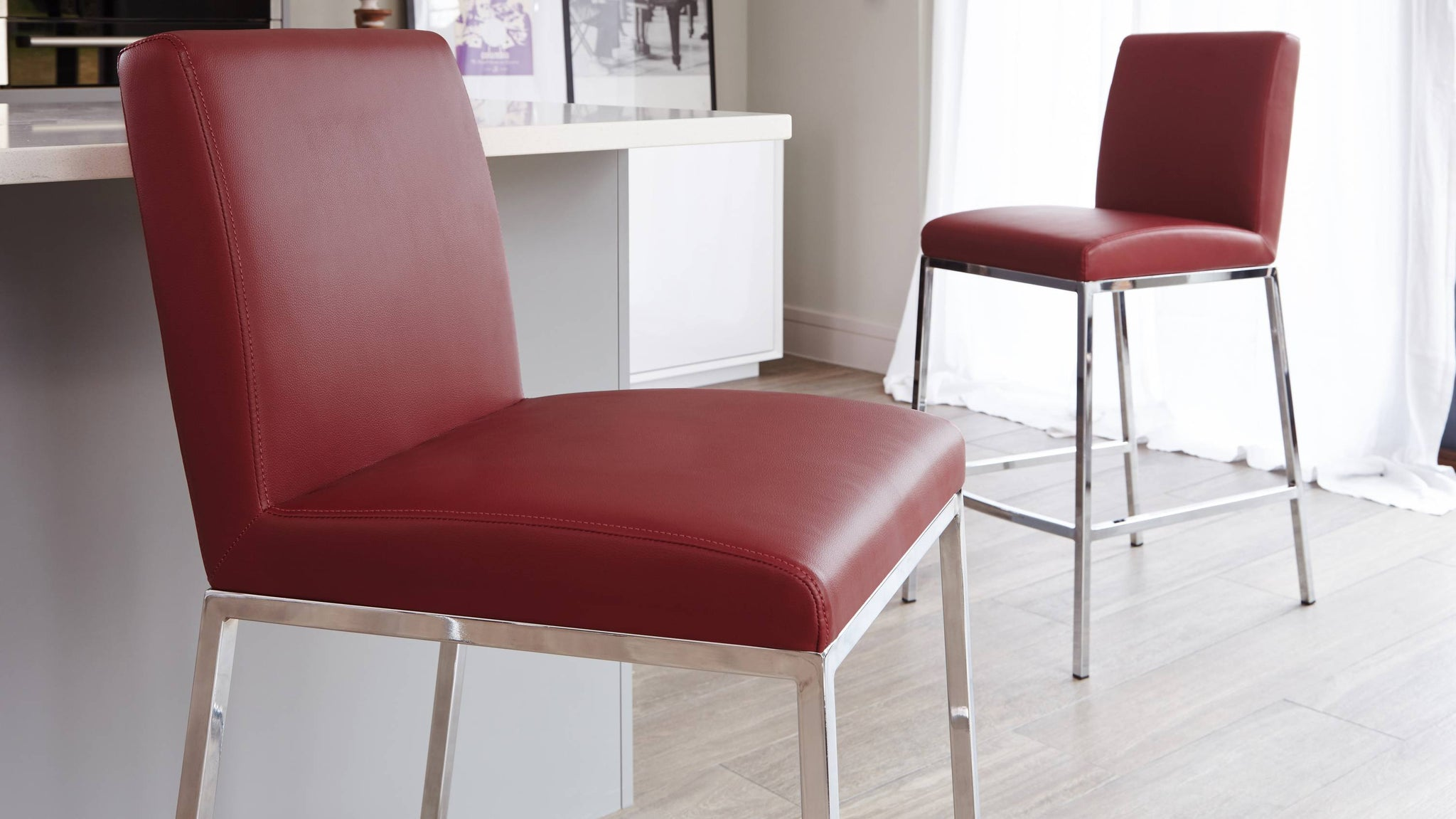 Comfortable Leather Padded Bar Stools