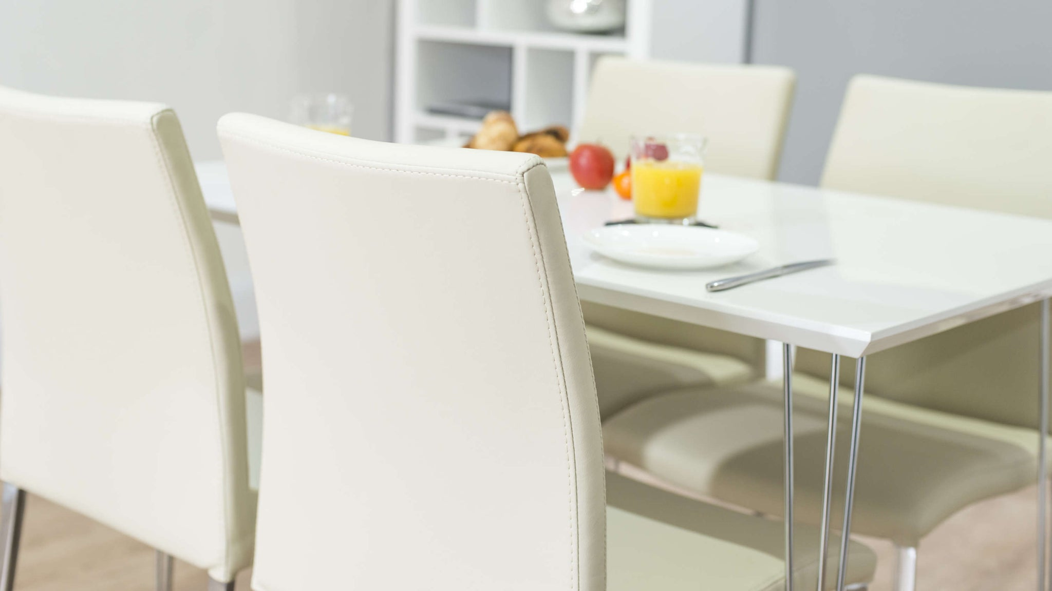 Modern Dining Chairs and White Gloss Dining Table