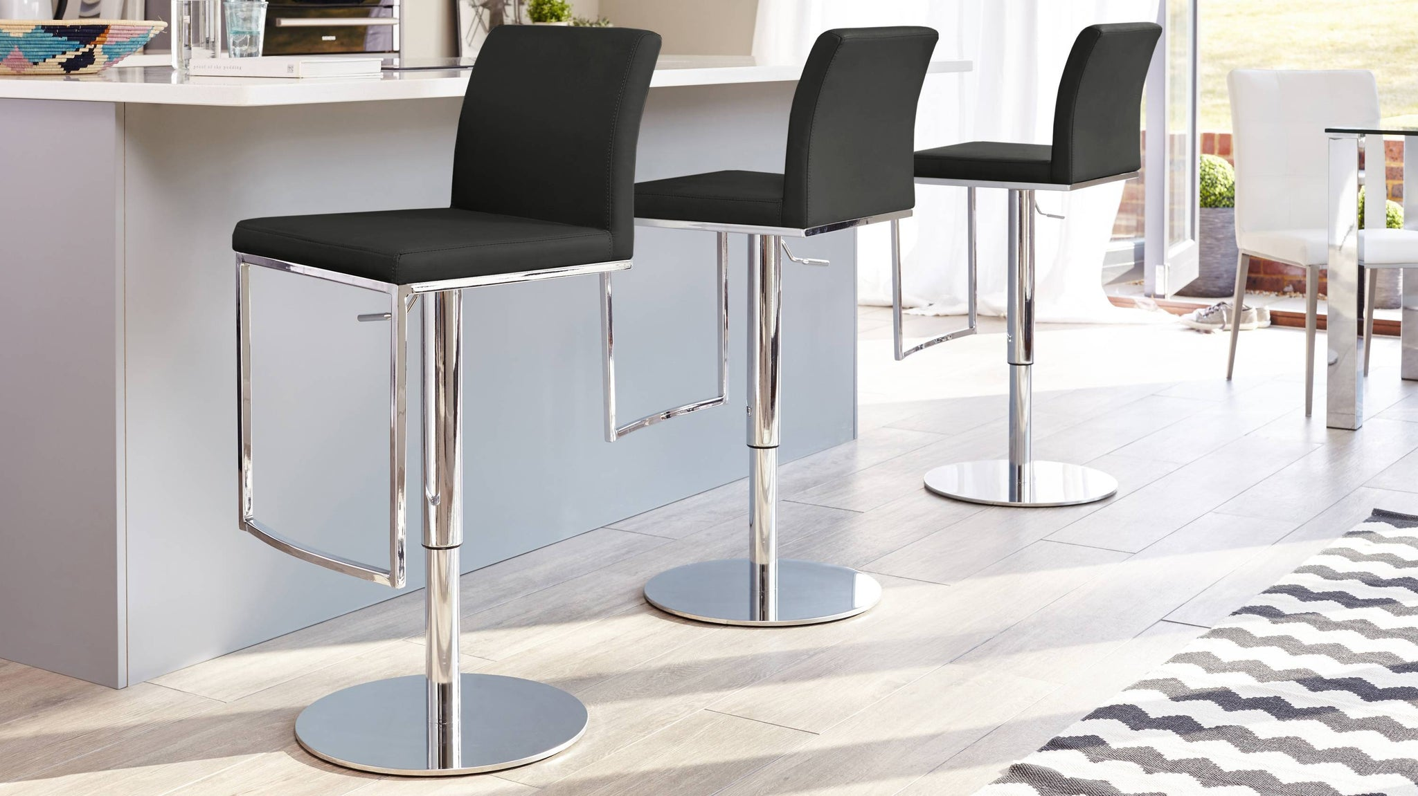 Modern and Contemporary Black Barstools