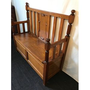 Tudor Oak Hall Seat