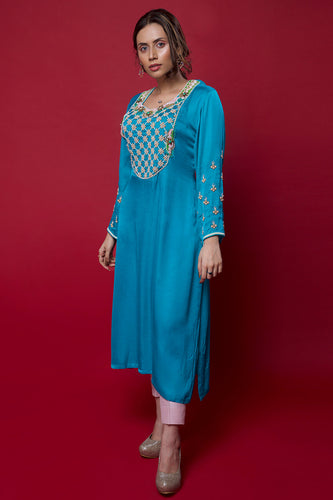 Turquoise-Blue-Embroidered-Loose-Fit-Kurta
