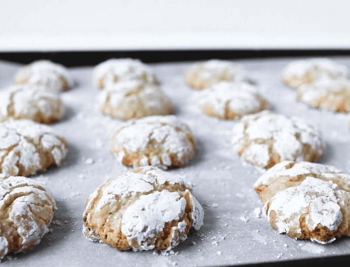 amaretti buiscuits chewy crunchy wanderfood catering sydney