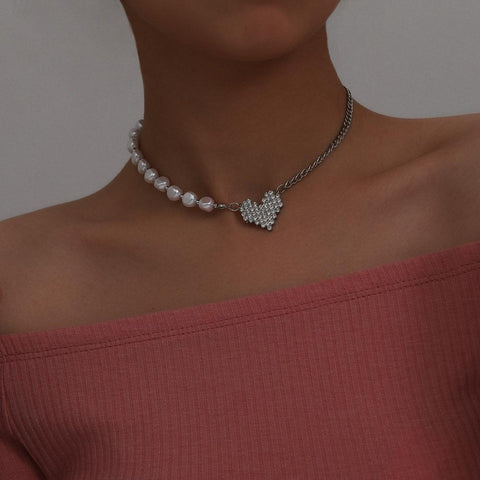 Korean Baroque Pearl Crystal Lover Heart Pendant Choker Necklace for Women Gothic Minimalist Chain Necklace Wedding Jewelry Gift
