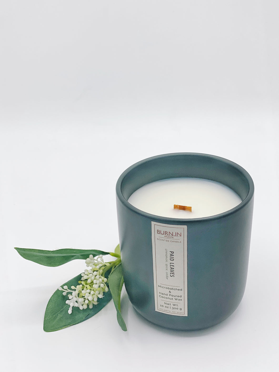 The 'Paid Leaves' Ceramic Candle