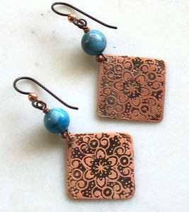 Acid etched copper earrings with apatite gemstone