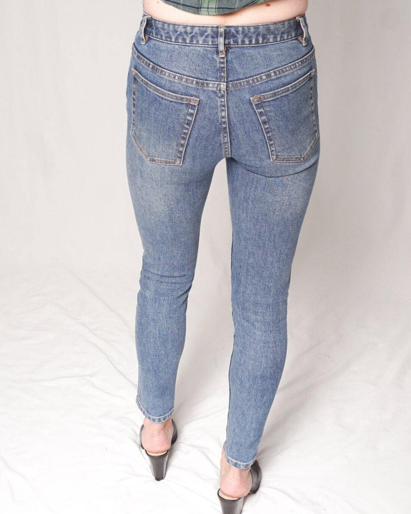 A.P.C. High Standard Stone-Washed Blue Jeans (Size 26) - Fashion Without Trashin
