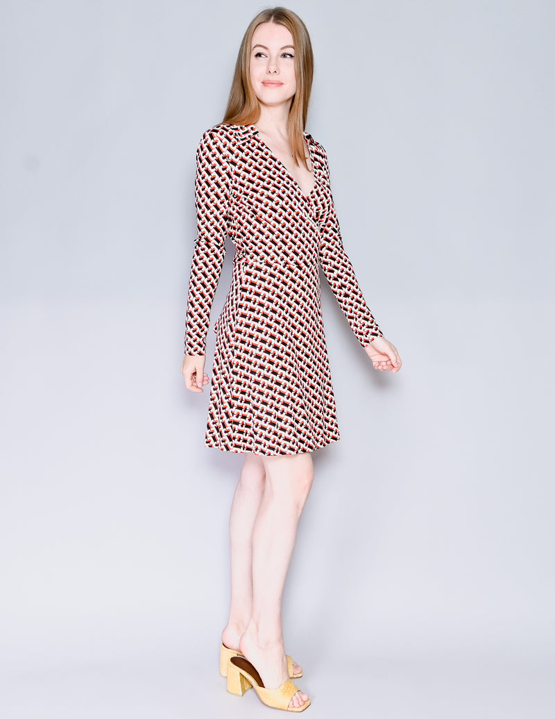 LEVI'S Premium Wedgie Straight Distressed Jeans (Size 29)