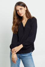 Rails MIRABELLE V Neck Pull over Top Black