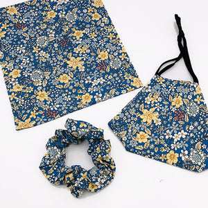 Ladies face covering and scrunchie set