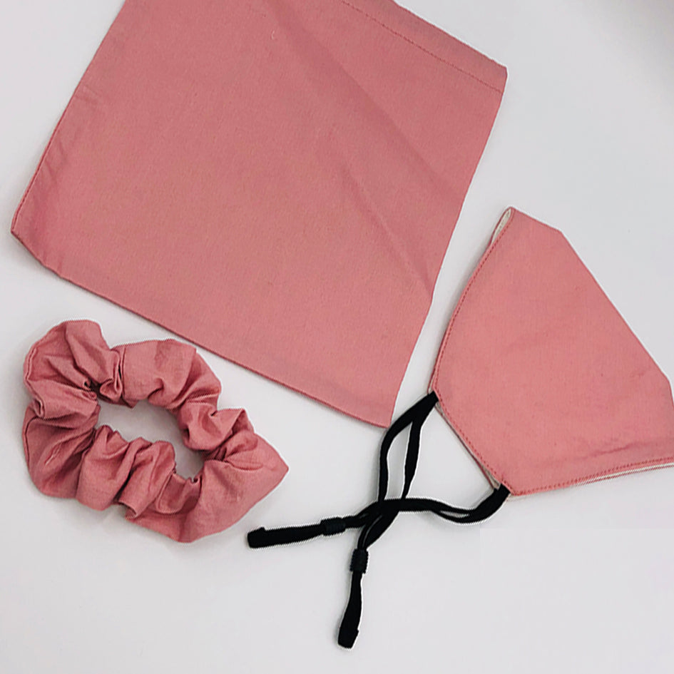 Plain pink face mask and scrunchie set