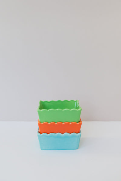 square scalloped dishes
