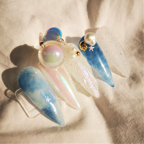 HANDMADE OCEAN PEARL PRESS-ON NAIL SET