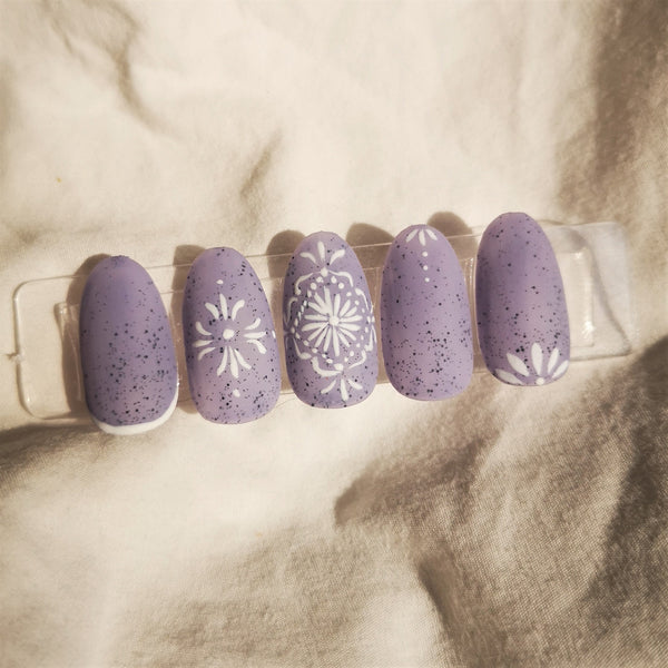 HANDMADE - HAND DRAW HENNA INSPIRED PRESS-ON NAIL SET