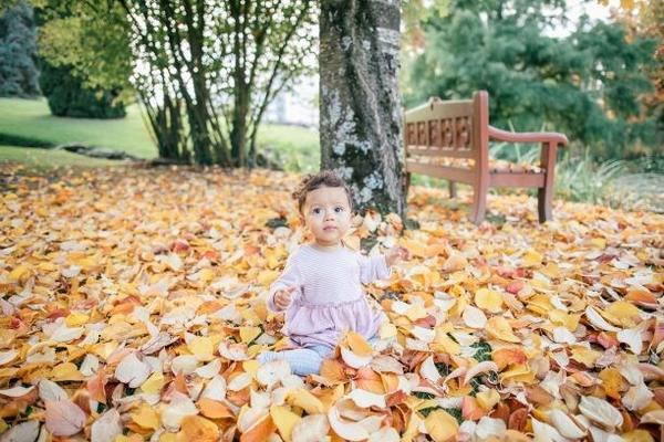 Autumnal Sights, Sounds, Textures & Tastes Your Baby Will Love