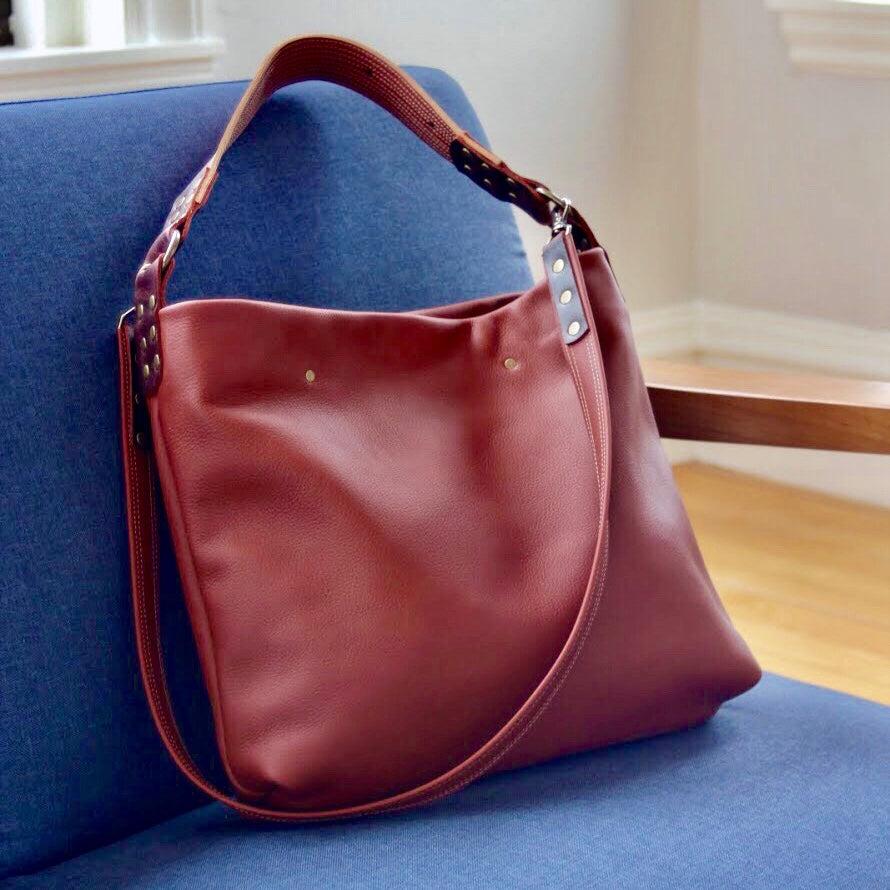 Why Fine Leather Goods Make Unique and Enduring Gifts picture