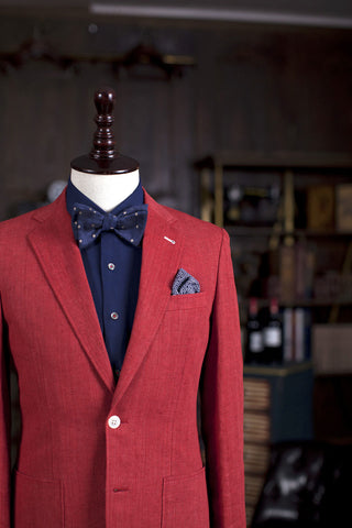 Red - 55% Wool / 30% Linen / 15% Silk