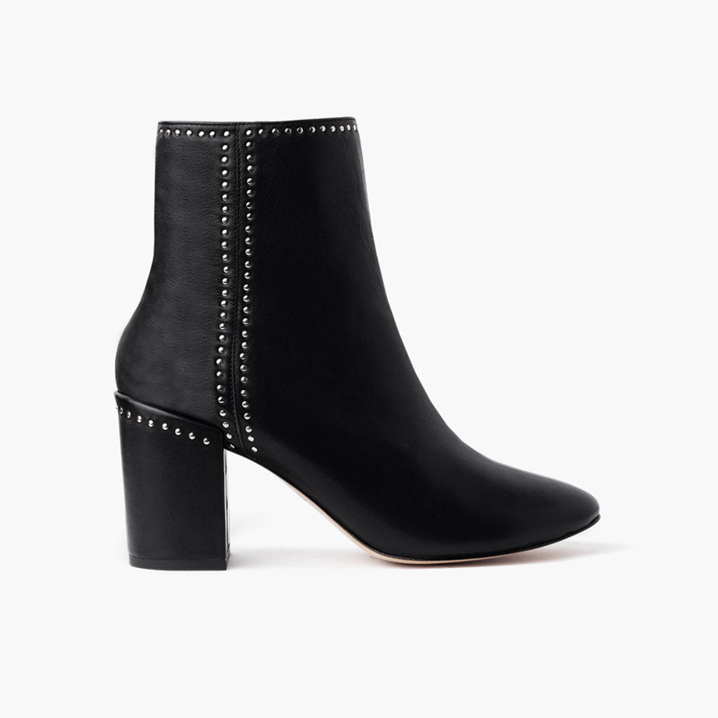 Highline | Black (Studded)