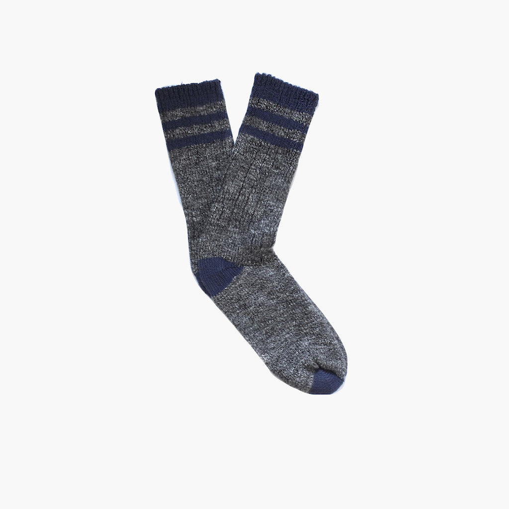 Charcoal & Navy Wigwam Pine Lodge Socks